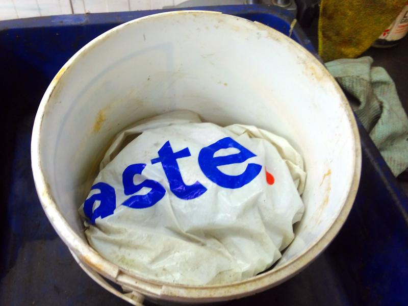 bucket..jpg