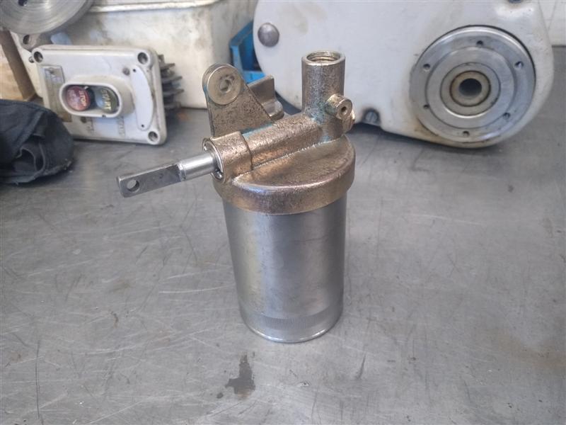 oil gun 3.jpg