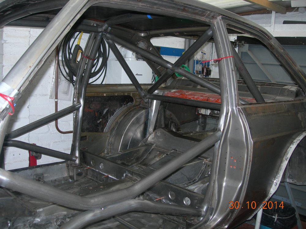 Roll cage tacked in 1.JPG
