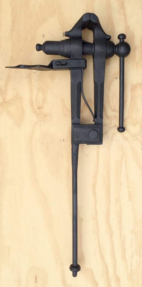 vise-left-side-1.jpg