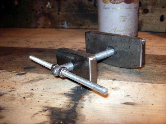 Brake Caliper Wind Back Tool Caliper-piston-wind-back-to