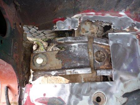 Rusty Nissan Patrol | MIG Welding Forum