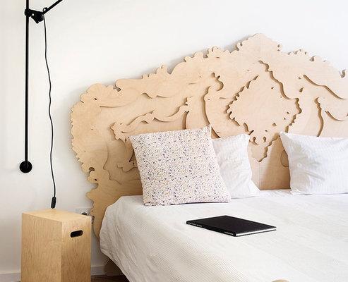 beautiful_plywood_headboard-thumb-630xauto-53738.jpg