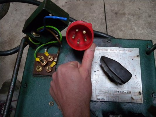 Oxford Bantam 180 Single Phase Wire Up Question Mig