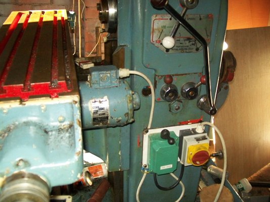 harrison milling machine mig welding forum this is what i had to do to mine the green f r box bought from for £7 fed the table feed motor fed from on off f r main switch fed from